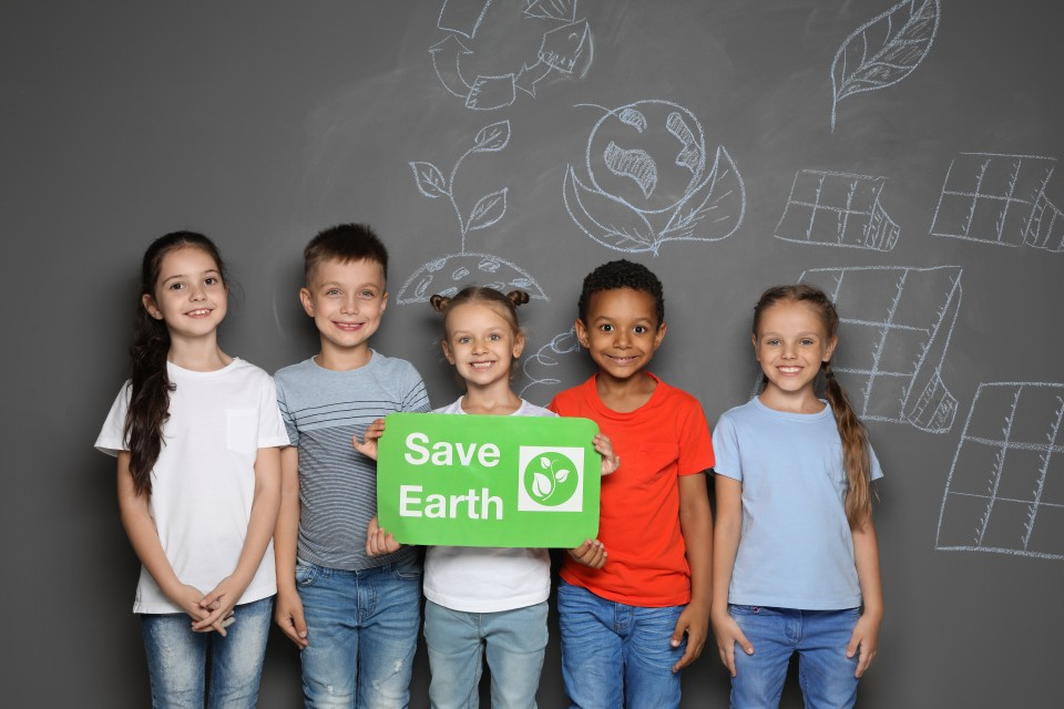 """Raising """"Green"""" Kids: 7 Simple Ideas For Designing an Eco-Friendly Kids Room"""
