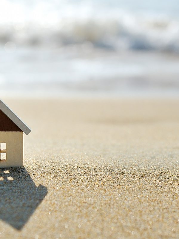 Mistakes to Avoid When Buying a Home During the Summer